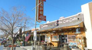 The Beach-Themed Restaurant In Nevada Where It Feels Like Summer All Year Long