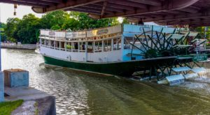 Take A Ride On This One-Of-A-Kind Canal Boat Near Buffalo