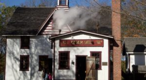 The Nation's Oldest Steam Powered Cider Mill Is In Connecticut And It's Incredible