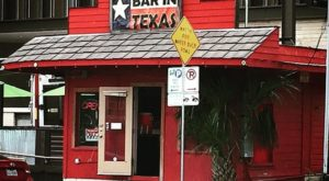 The Tiniest Bar In Texas Is Right Here In Austin And It's So Worth The Visit