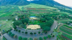The Old Farm In Hawaii That's A Restaurant, Store, And Adventure Park All In One
