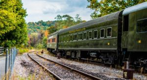 Ridiculously Charming Train Rides To Take In Maryland This Fall