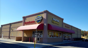 The Gigantic Fireworks Store In South Carolina You'll Want To Visit Over And Over Again