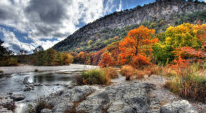 This Easy Fall Hike In Texas Is Under 2 Miles And You'll Love Every Step You Take