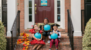 Teal Pumpkins Are Popping Up On Porches In Connecticut This Halloween