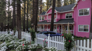 There's A Themed Bed and Breakfast In The Middle Of Nowhere In Southern California You'll Absolutely Love