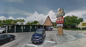 This Family-Owned Pit BBQ Spot In Florida Has Been Open For Decades And It's Easy To See Why