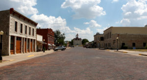 One Of Kansas' Most Charming Small Towns Has Been Hiding Right Under Your Nose