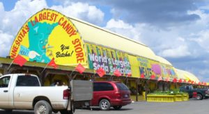 The Gigantic Candy Store In Minnesota You'll Want To Visit Over And Over Again