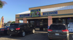 This Underrated Shop Serves Up The Most Mouthwatering Donuts In All Of Alabama