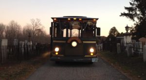 This Haunted Trolley In Maine Will Take You Somewhere Absolutely Terrifying