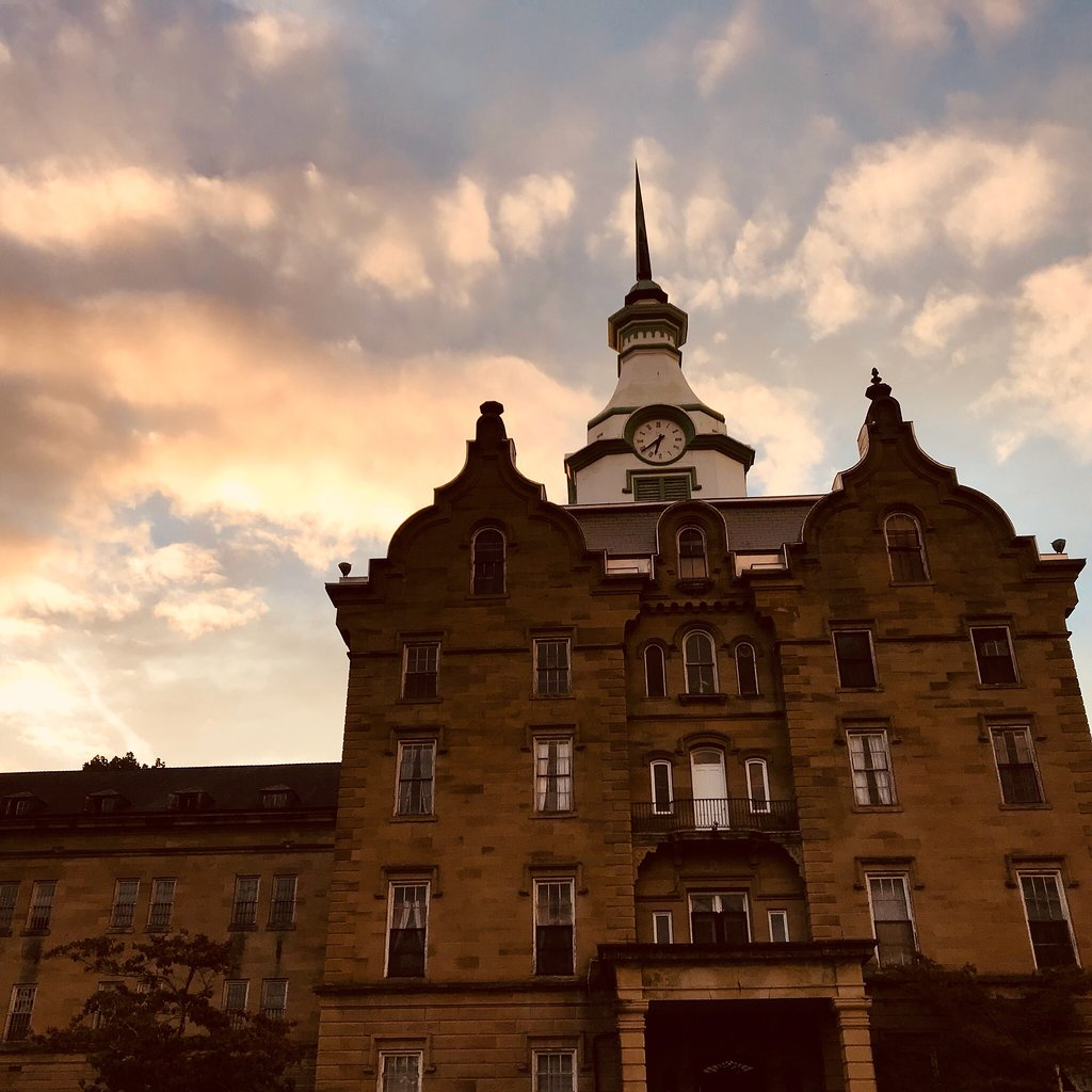 This Ghost Hunt In The Haunted West Virginia Former Weston