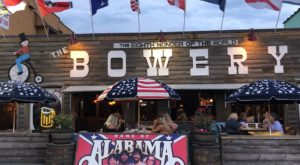 The Country Music Restaurant In South Carolina Where You're Guaranteed To Have A Blast