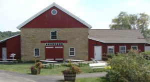 There's A Restaurant In This 170-Year-Old Stable In Wisconsin And You'll Want To Visit