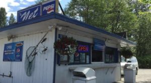 These 7 Roadside Burger Stands In Washington Are Worth Stopping For