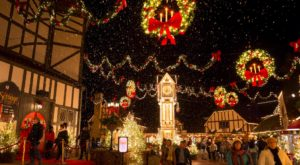 The Christmas Town In Virginia That Has One Million Christmas Lights On Main Street