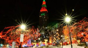 This Guided Road Trip Will Take You To The Best Christmas Lights In Northeast Ohio