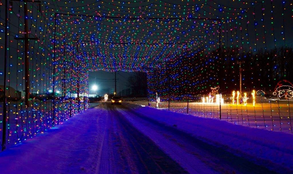 Festival Of Lights Is Largest Drive-Thru Holiday Light Show Near Buffalo