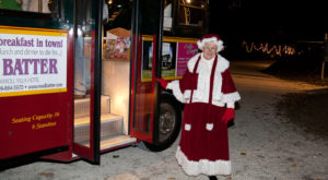 The Santa Trolley In New Jersey That's A Christmas Dream Come True