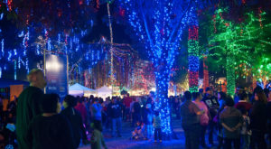 The Christmas Town In Arizona That Has One Million Christmas Lights On Main Street
