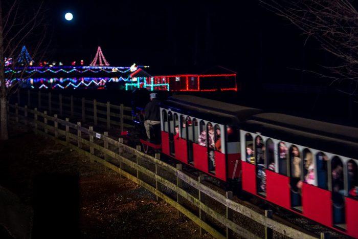Ride Through Country Christmas Lights Drive Thru In Georgia