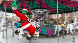 The One South Carolina Town That Transforms Into A Christmas Wonderland Each Year