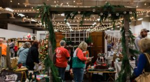 Nebraska Has Its Very Own Vintage Christmas Market And You'll Want To Visit