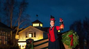 The Old Fashioned Christmas Walk In Connecticut You'll Want To Experience This Season