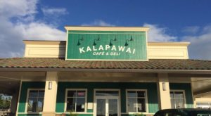 The Charming Little Cafe In Hawaii That Serves Up The Most Mouthwatering Food