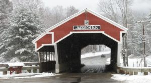 The One New Hampshire Town That Transforms Into A Christmas Wonderland Each Year