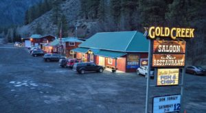 This Fantastic Fish And Chips Restaurant On A Scenic Highway In Washington Is Just Begging For A Visit