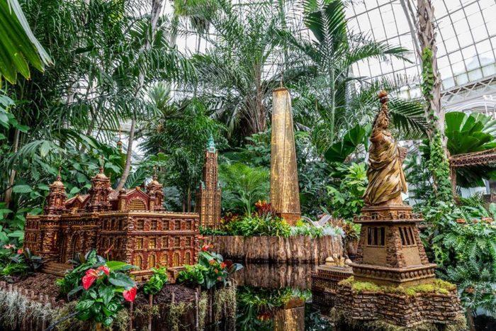 Don 39 t miss the new york botanical garden 2018 holiday - New york botanical garden tickets ...