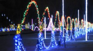 You Will Love This Dreamy Ride Through The Largest Drive-Thru Light Show Near Pittsburgh