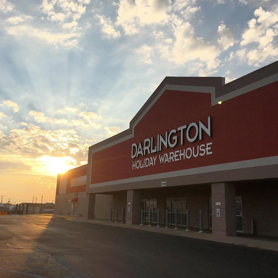 Best Holiday Decor Stores Near Dallas Fort Worth: Darlington Holiday Warehouse In Fort Wayne, Indiana Has