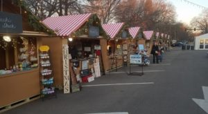 This Unbelievable Christmas Bazaar In Illinois Will Transport You To Christmases Past