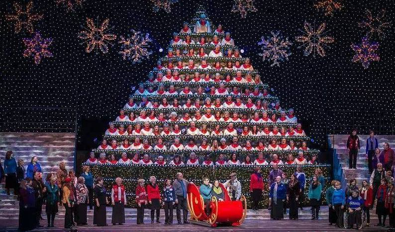 Portland's Singing Christmas Tree Is A Performance Not To Miss