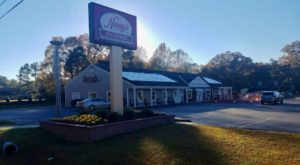 This All-You-Can-Eat Southern Food Buffet Hiding In Virginia Is Heaven On Earth