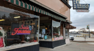 Everyone Knows This Old-Fashioned Soda Fountain Is A True Michigan Staple