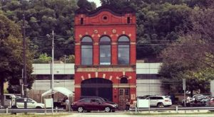 This Old Fire House In Pittsburgh Is Now A Restaurant And You'll Want To Visit