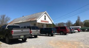 This Tiny Middle-Of-Nowhere Restaurant In Alabama Is A True Hidden Gem