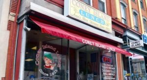 The Oldest Lunch Counter In Pennsylvania Will Take You On A Trip Down Memory Lane