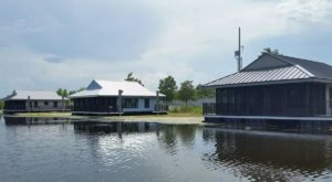 These Floating Bayou Cabins Near New Orleans Make For The Perfect Winter Getaway