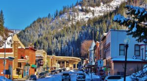 At Christmastime, This Idaho Town Has The Most Enchanting Main Street In The Country