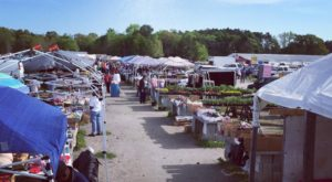 7 Winter Flea Markets In South Carolina To Enjoy All Season Long