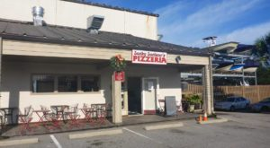 This South Carolina Pizza Joint In The Middle Of Nowhere Is One Of The Best In The U.S.