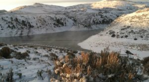 This Colorado Reservoir Manages To Become Even More Beautiful In The Winter