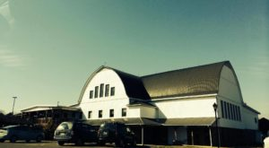 This Ohio Restaurant In A Rebuilt Barn Serves The Most Delicious Food