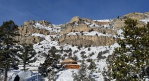 11 Winter Attractions For The Family In Wyoming That Don't Involve Long Lines At The Mall
