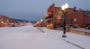 Christmas In These 7 Montana Towns Looks Like Something From A Hallmark Movie