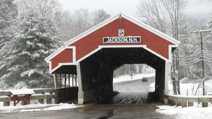 Christmas In These 8 New Hampshire Towns Is Like A ...